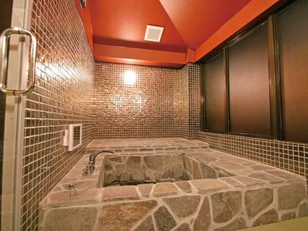【金の部屋 客室風呂】