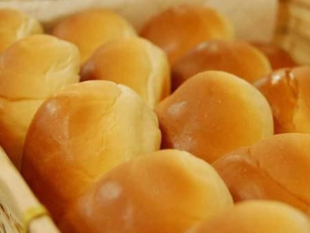 朝食ロールパン/一例
