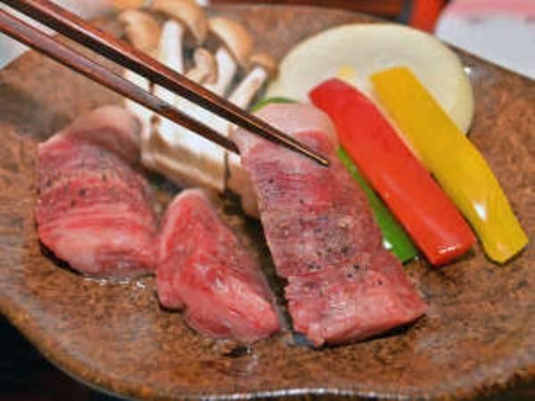佐賀牛の陶板焼き&イカの活造り会席/一例