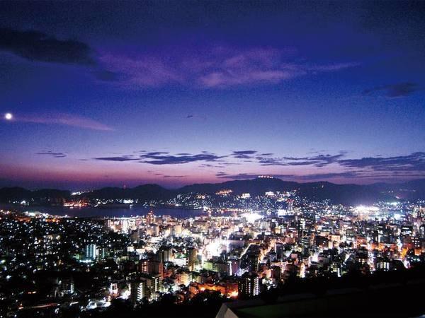 【眺望例】夜景を望む洋室をご用意