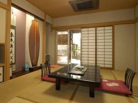 やわらぎ荘4階 露天風呂付き客室/一例