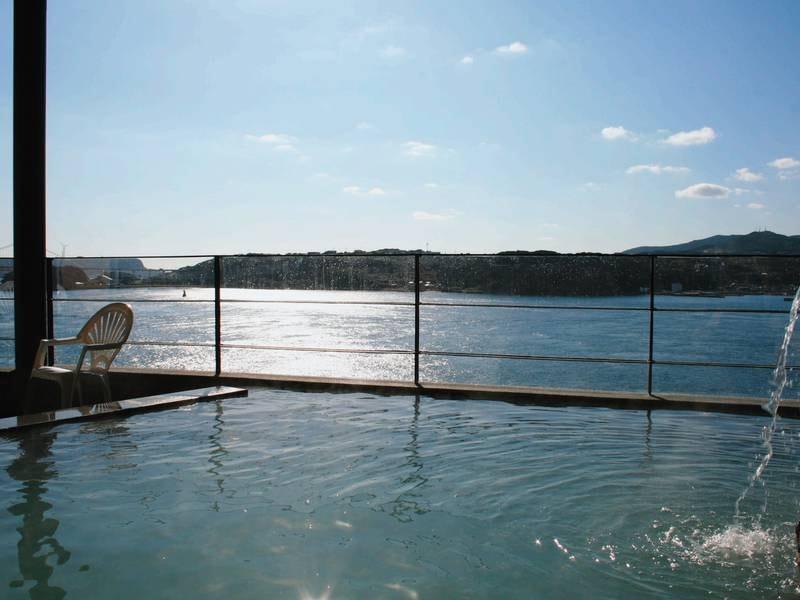 【なごみの湯】開放感のある露天風呂