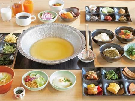 朝食は2種類から選択可【朝食/例】全40種和食バイキング