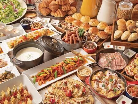 朝食は2種類から選択可【朝食/例】洋食バイキング