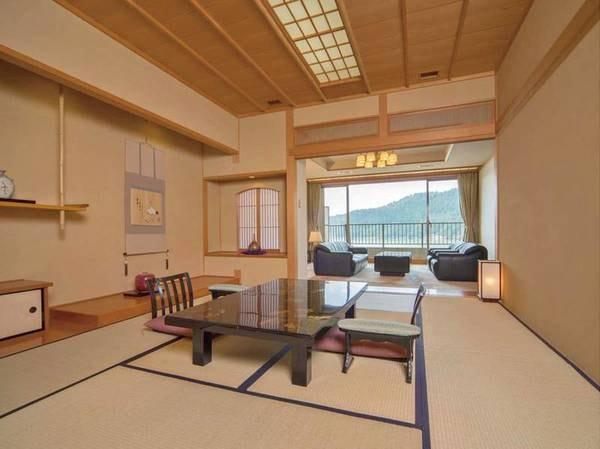 貴賓室 昴の間和室+洋室+ベッド+檜風呂