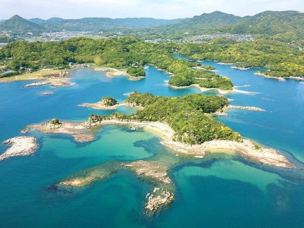 【九十九島】入り組んだ『リアス式海岸』と大小208の島々からなる九十九島は、全域が西海国立公園なのです