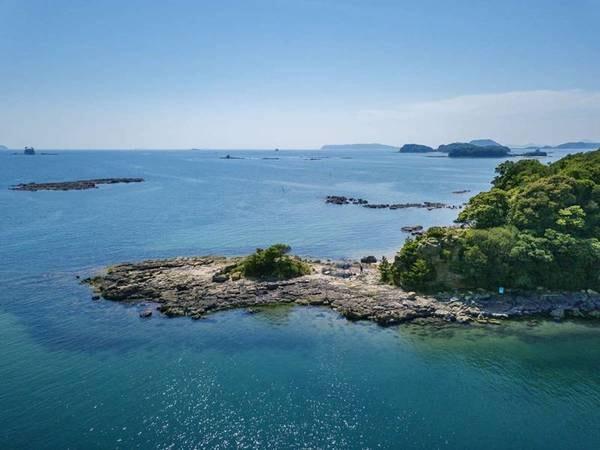 【九十九島】透き通った九十九島の海。海水浴ほか、釣りもお楽しみいただけます