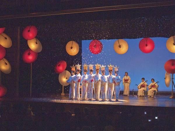 【周辺】「国指定重要文化財 八千代座」では定期公演を日程限定で開催(別途料金)