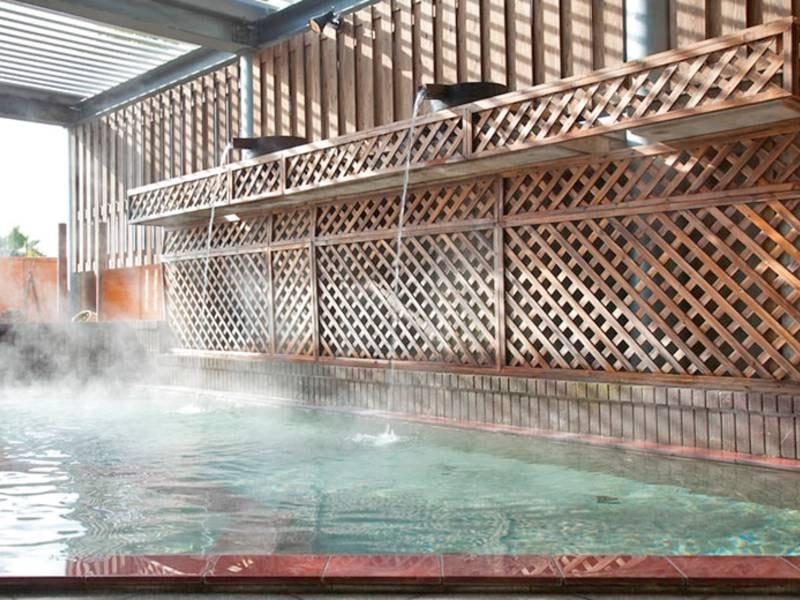 【露天風呂】pH8.7!美人の湯のクレンジングでスベスベ!