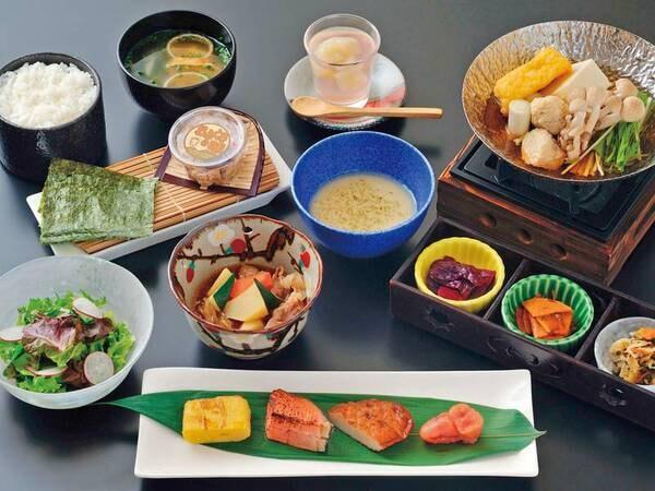 朝の和食御膳(朝食)。阿蘇の食材をたっぷり使った健康志向の朝ごはんをご用意!