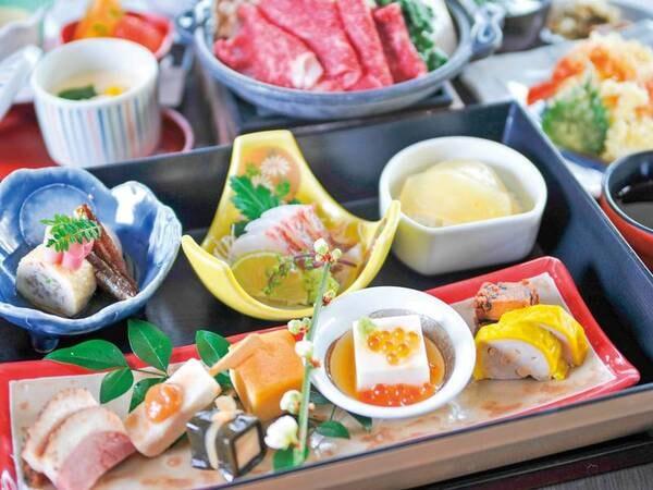 【夕食/例】季節の前菜の盛り合わせにメインのあか牛料理、ごはんにデザートと会席料理より量・品数が少な目になりますが阿蘇の食材をたっぷりとお体に優しい内容を心掛けております