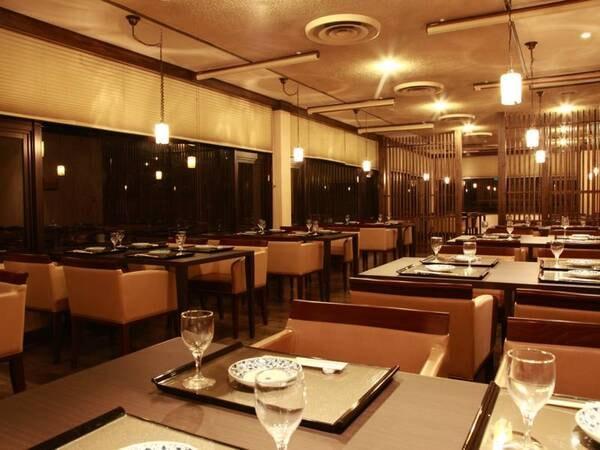 <一番館レストラン>木の温もりに包まれたお洒落な空間