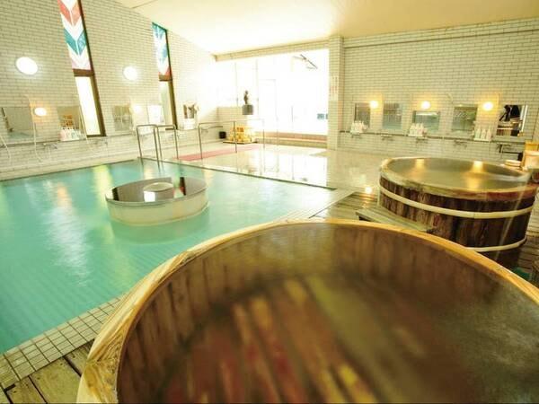 【菊池グランドホテル】菊池の中でも珍しい飲泉も可能な名湯をかけ流しで堪能! 1泊2食付2名1室8,800円~
