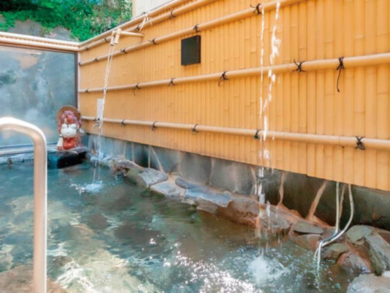 【露天風呂/例】細胞を活性化し免疫を向上するといわれる名湯!