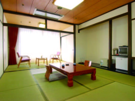 [客室]熊本市内では珍しい和室も人気の秘密