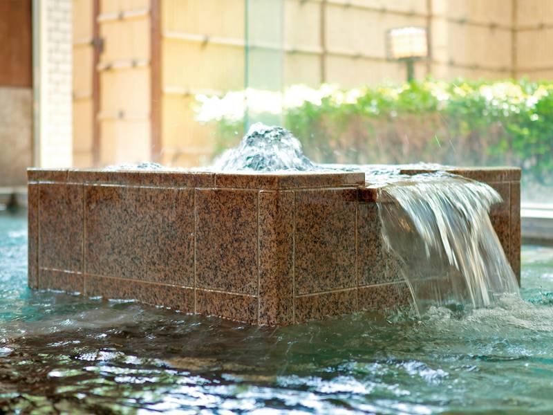 【和風風呂/白鷺湯】露天風呂・サウナを完備