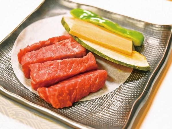 熊本県産の黒毛和牛は柔らかジューシー!/夕食例