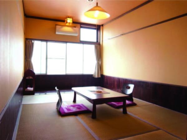 お部屋は6畳以上の広縁付き和室へご案内/一例