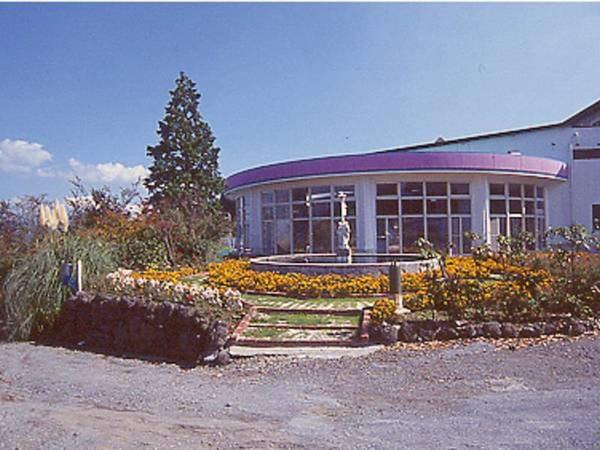 【大植物園】敷地内に季節の草花を愛でる大植物園あり