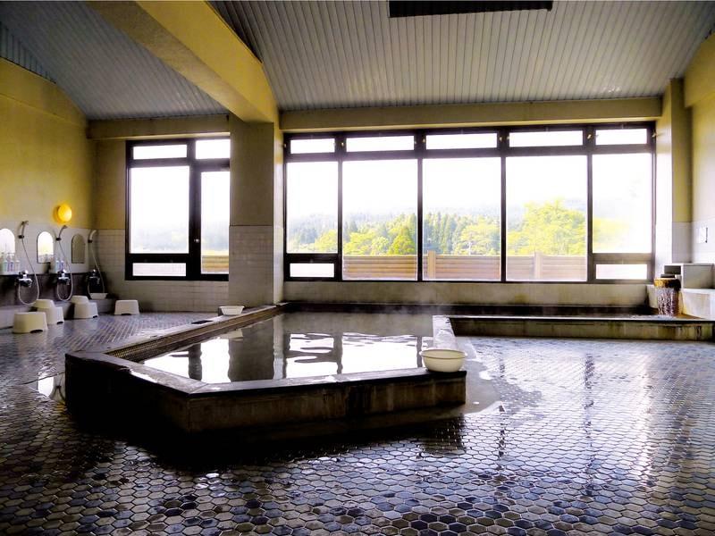 【展望大浴場】阿蘇の大パノラマを望む