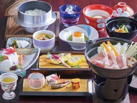 ごまの風味が優しい伝統のオリジナルの味噌を使用した火口味噌を味わえる和会席を楽しめる!(例)