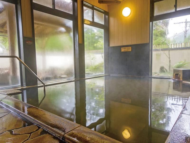 【大浴場】しっとりとした泉質が好評