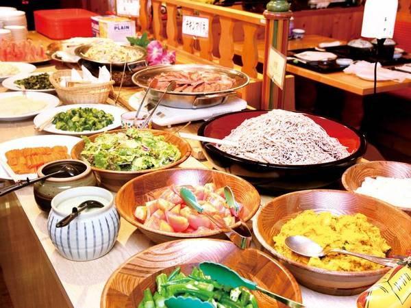【夕食/副菜バイキング例】阿蘇の魅力がぎゅっと詰まったお料理の数々