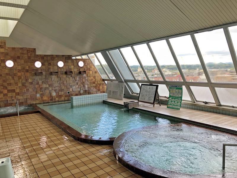 【展望大浴場】100%かけ流しの湯を山鹿市を望みながら愉しむ
