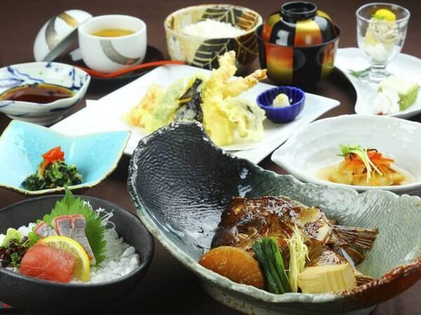 【夕食】お肉かお魚からメインが選べる!/写真はお魚メイン例