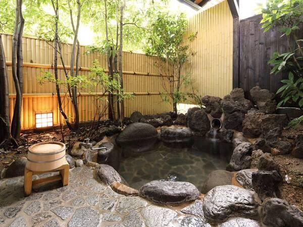 露天風呂付離れ(和室)/例※お部屋ごとに異なる趣のお風呂