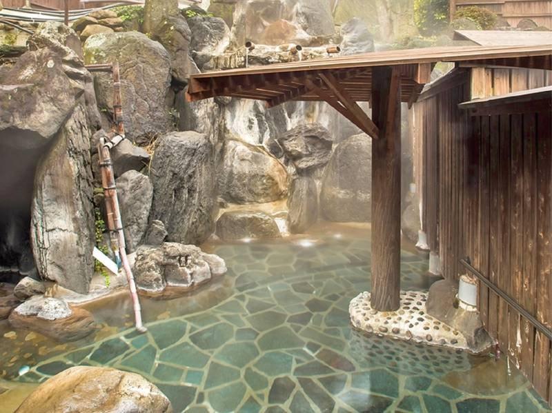 岩風呂(大露天風呂併設):とろとろの源泉