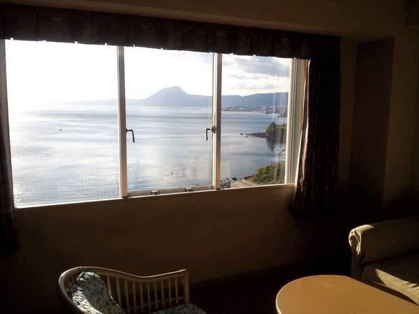 【禁煙】上層階 洋室 海側指定客室からの眺望/例。別府湾を一望!
