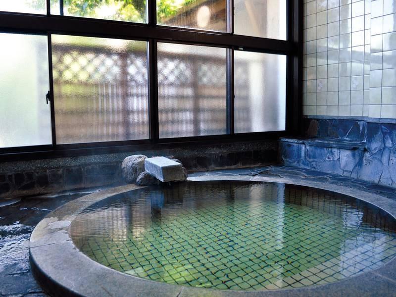 【貸切風呂/1階】小さいながらも趣がある