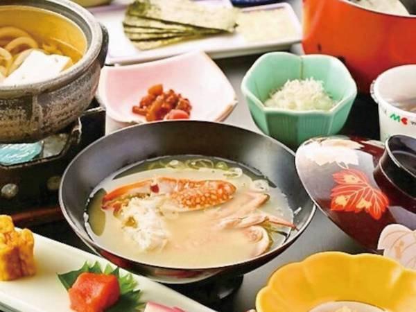 【朝食/例】渡り蟹の味噌汁など、落ち着く和御膳