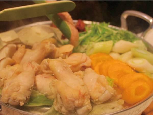 旨味の染み出した水炊き/例
