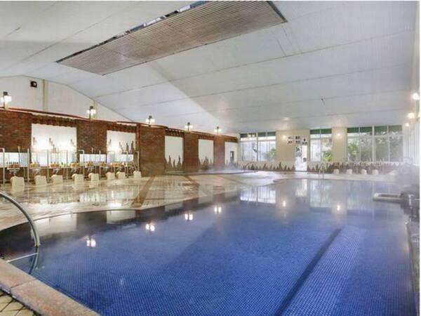 大浴場 一度に150人も入れる広々とした大浴場でゆっくり寛ぎのひと時を