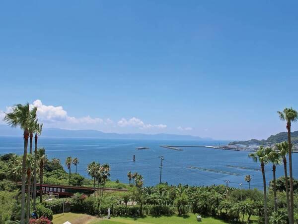 客室眺望/例 南国を感じながら錦江湾、山川港、大隅半島や佐多岬までも見渡せる