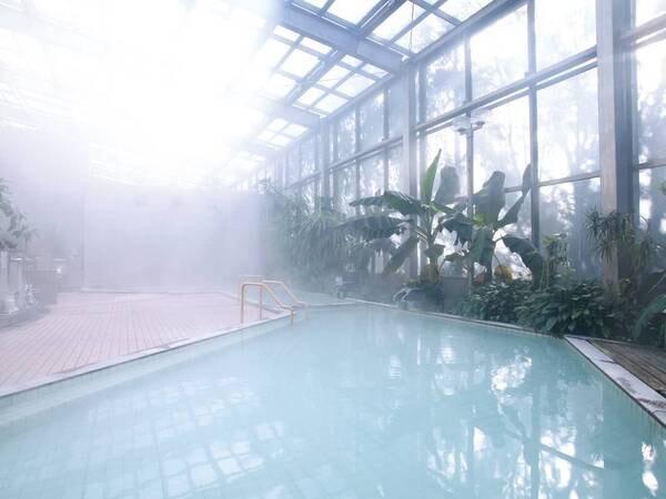 【大浴場】霧島独特の硫黄の匂いとともに温泉を満喫
