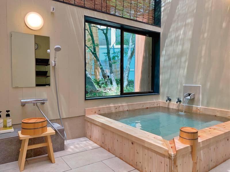 貸切風呂【帯刀】 2021年5月完成☆桧のお風呂。