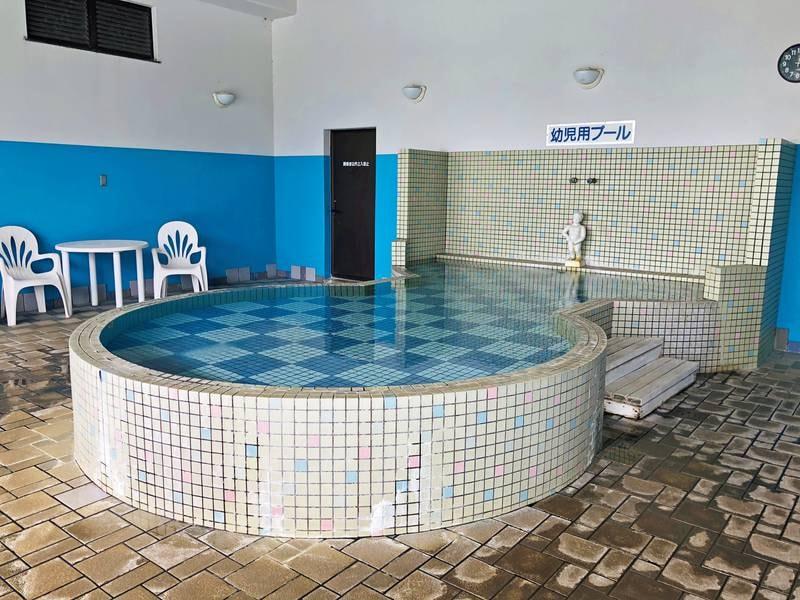 【プール】