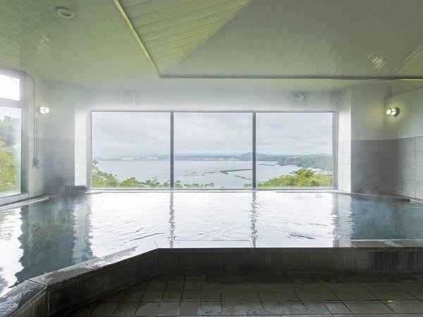 【国民宿舎ボルベリアダグリ】とろとろの美人湯が好評!!志布志湾を眺めながらの入浴で疲れを癒す