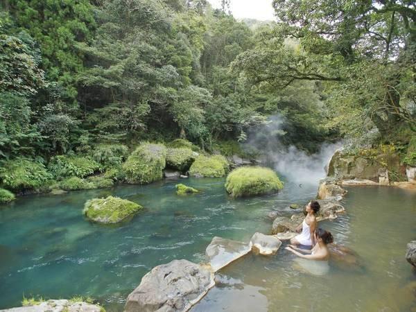 【ホテル華耀亭】露天風呂は自然と一体となる眺望&源泉かけ流し! 平日は貸切風呂1回無料で名湯を満喫