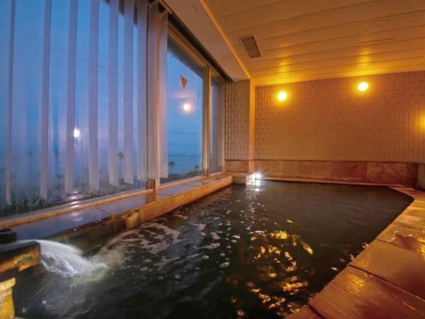 大浴場(夜)