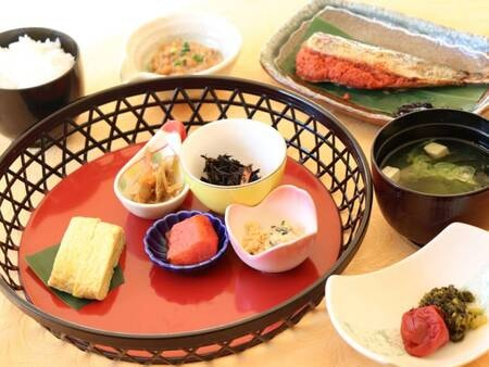 【朝食(和食)/例】朝ごはんは和食・洋食からお選びいただけます