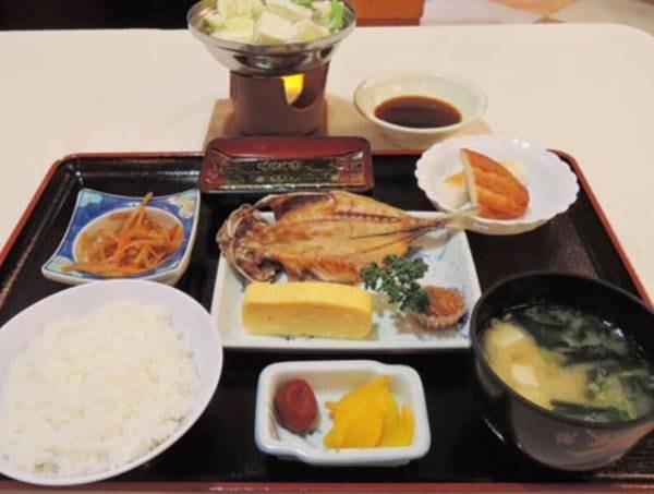 【朝食/例】ご当地さつま揚げなど身体にやさしい和朝食をご用意