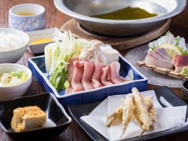 【夕食/例】3種の選べる御膳より選択できる