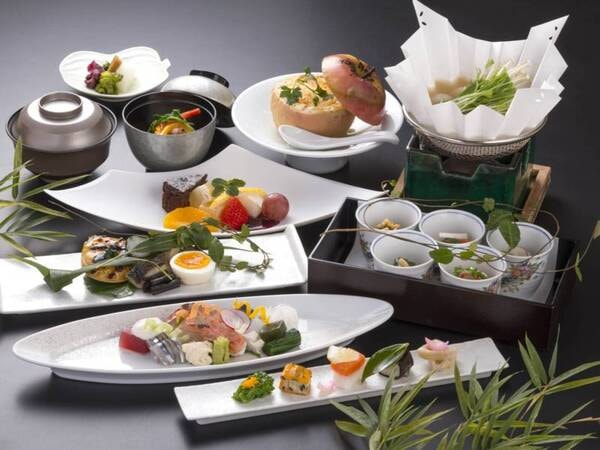 夕食/一例 ※写真は一例 仕入れや季節等により、メニューの一部や食器等が変わることがあります