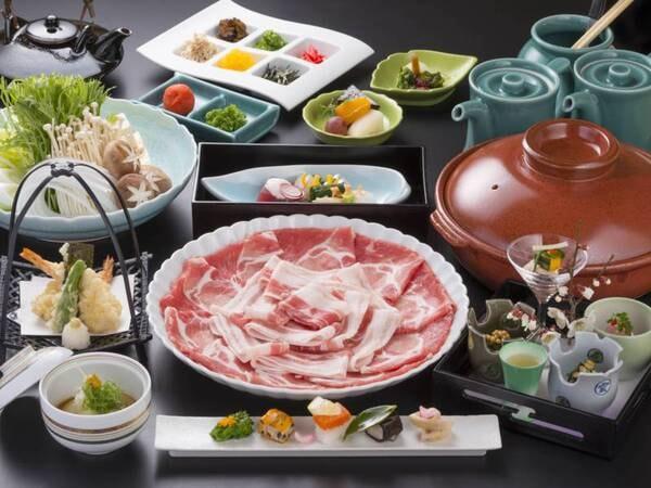 <黒豚しゃぶしゃぶコース/一例>予約時にお選びください ※写真は一例 仕入れや季節等により、メニューの一部や食器等が変わることがあります