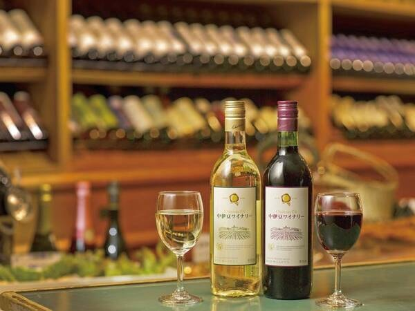 宿任せ(バイキングor和食膳) バイキングでも和食膳でもワインは飲み放題