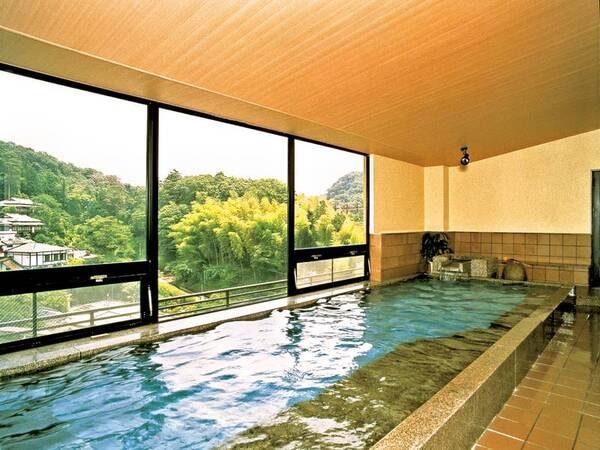 【大浴場】長寿・出世の湯といわれ、恵み豊かなお風呂として愛されています